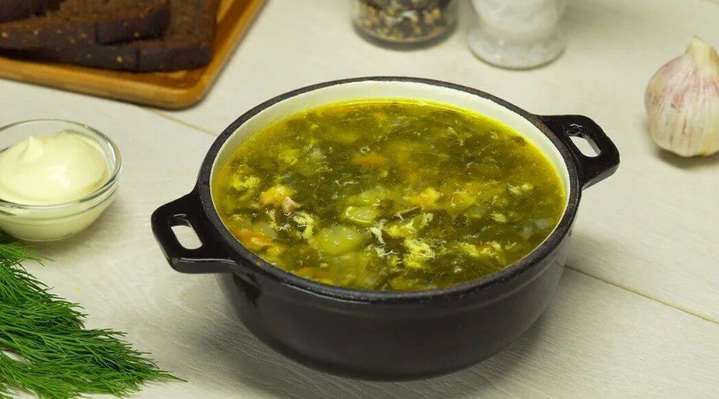 Суп из щавеля и шпината