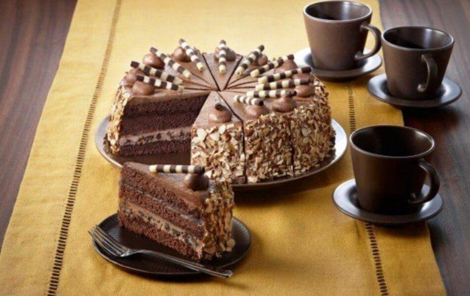 Вкусный ореховый торт с кофейным кремом